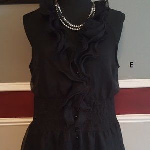 5th culture sleeveless ruffle top elastic waist L